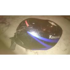 Бензобак для  Kawasaki ZZR400-1