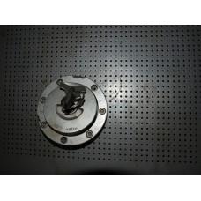 Крышка бензобака оригинальная для мотоцикла Honda